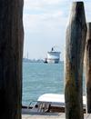 43_cruise_ship