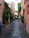 82_trastevere_alley
